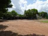 Rechte Seite der Schule