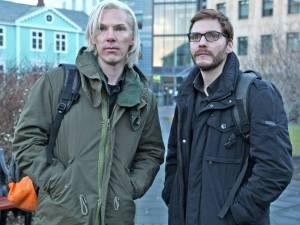 Úr The Fifth Estate: Benedikt Cumberbatch og  Daniel Brühl á kunnuglegum stað. Brühl lék á sínum tíma í Kóngavegi Valdísar Óskarsdóttur.