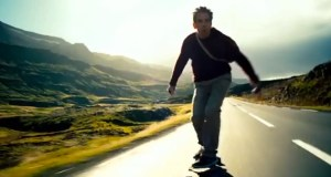 Ben Stiller sem Walter Mitty rúllar yfir Ísland.