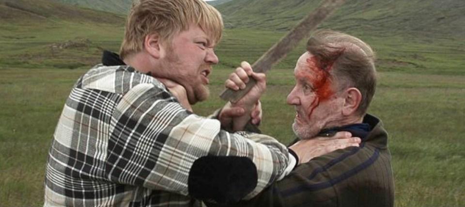 Kjartan Bjargmundsson og Guðmundur Ólafsson í Milk and Blood eftir Uglu Hauksdóttur og Markus Englmair.