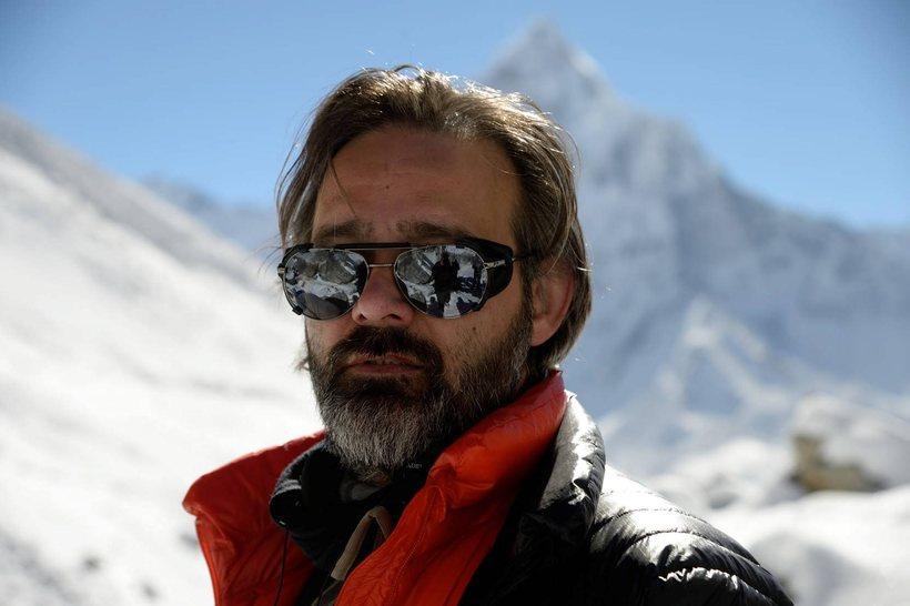 Baltasar Kormákur á leið til Feneyja með Everest.