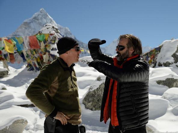 Salvatore Totino tökumaður Everest og Baltasar Kormákur leikstjóri á tökustað í Nepal.
