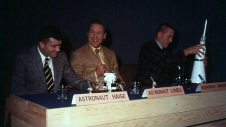 Áhöfn Apollo 13 kom til Íslands í október 1970 eftir hina örlagaríku ferð sína í apríl sama ár. Frá vinstri: Fred Haise, James Lovell og Jack Swigert.