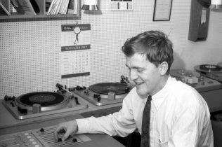 1966-68: Jón Þór Hannesson hljóðmeistari, síðar framleiðandi og eigandi Sagafilm.