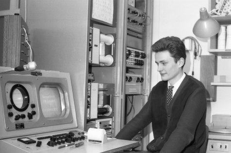 1966-68: Halldór Ingvason verkstæðismaður.