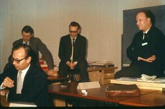Leiðbeinendur íslensku sjónvarpsstarfsmannanna: A.J. - Otto Jonasen - Kjeld Larsen - Michael Jacobsen, DR 1966.