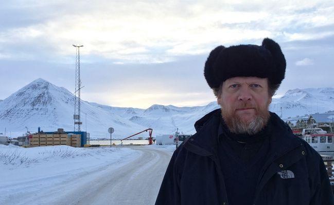 Sigurjón Kjartansson við tökur á fyrstu syrpu Ófærðar (Mynd: Atli Geir Grétarsson)