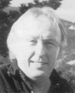 Reynir Oddsson leikstjóri.