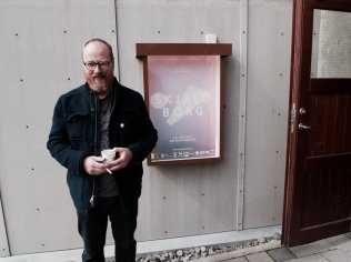 Arnar Þórisson við Skjaldborgarbíó.