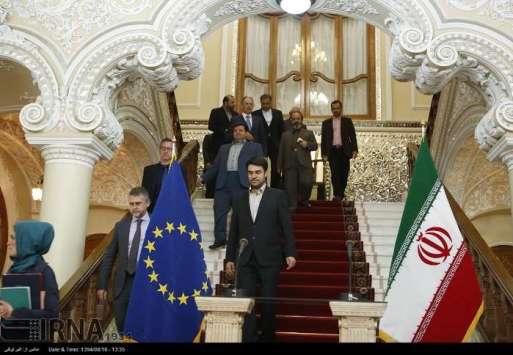 2015-11-07-Iran-3