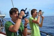 ...Sonneschießen und astronomischem Wissen. Kurs auf die Bermudas!