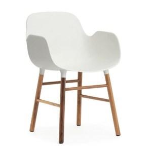 Normann Copenhagen Form armchair Hvid - Valnød