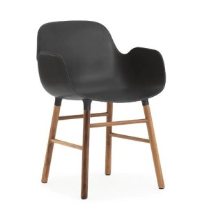 Normann Copenhagen Form armchair Sort - Valnød