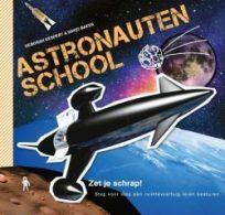 Review: Astronautenschool