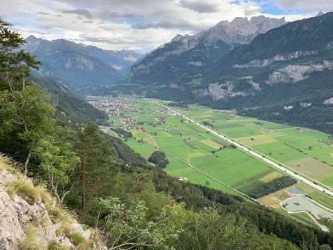 Dramatic views of the Haslital before descending into the town of Meiringen