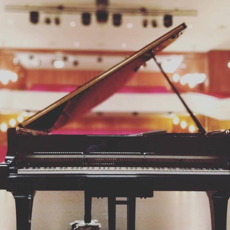 #piano #klavier #music #klavierspielen #klaviermusik #pianist #pianocover #klaviernoten #klavierkunst #klavierliebe #musician #klavierabend #pianoman #klavierst #pianosolo #classicalmusic #pianoforte #rammstein #klavierkonzert #rammsteinklavier #klavierstunde #pianopiano #pianoclass #chopin #cover #pianolove #pianoplayer #pianovideo #pianosong