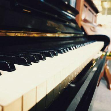 Piano keys #upright #piano #bokeh