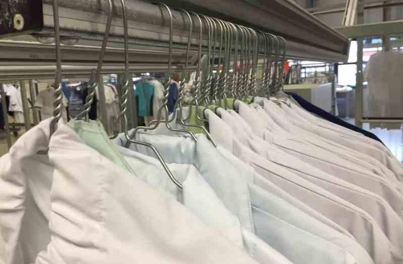 laundry-service-N5KCPLE (1) (1) (1)