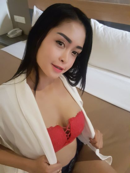 KL Escort - W276 - Indonesia