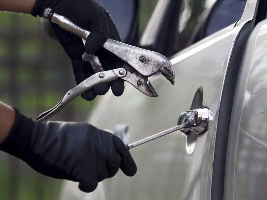 Πως να αποφύγετε την κλοπή του αυτοκινήτου ή της μηχανής