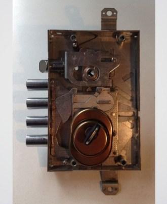 Κλειδαριά πόρτας ασφαλείας Multilock 2A-kleidaria-portas-asfaleias-2015-02-02_15.13.3416