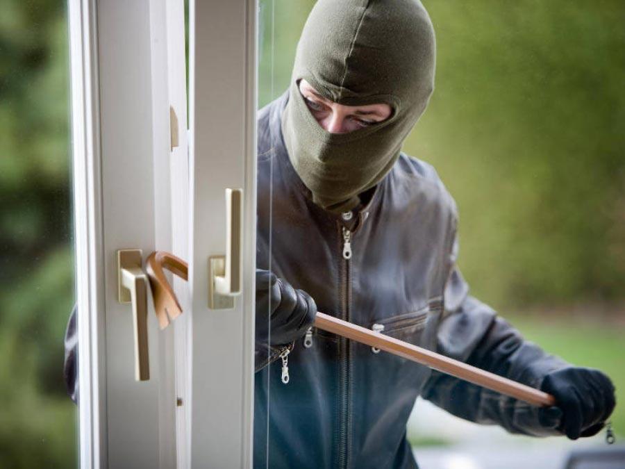 Τρεις τρόποι που καλούμε τους κλέφτες…