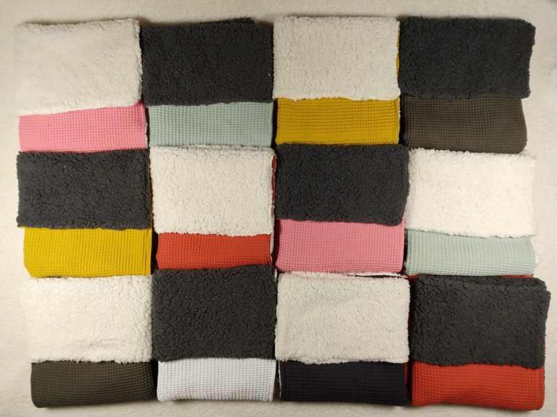 wafel teddy grijs ecru kinderwagendekens dekens