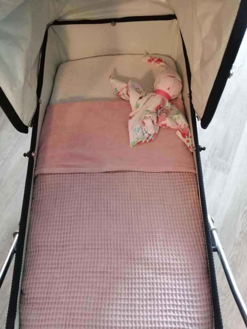 handgemaakt, klein-draakje, kinderwagendeken, velours, fluweel, wafel, kraamcadeau, wafel, zwanger, babykamer, babyproducten, baby, oud roze