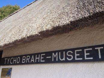 Het Tycho Brahe museum. Tycho Brahe kreeg Hven (toen Deens grondgebied) toebedeeld als plek voor zijn onderzoeken en is met Keppler een van de grondleggers van het hedendaagse astronomische wereldbeeld. Het is aandoenlijk te zien hoe zichtbaar trots de Denen daarop reageerden.