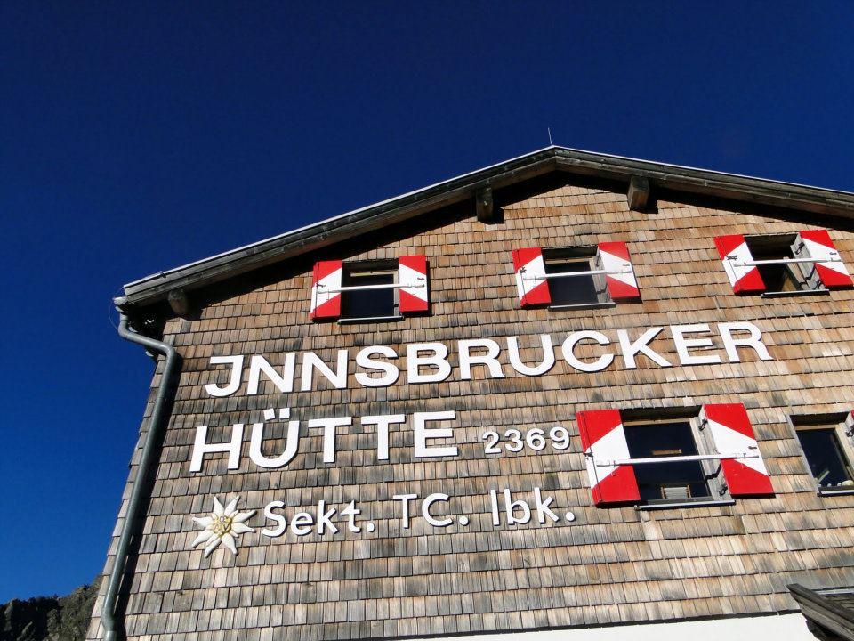 Innsbrucker Hütte auf 2369m | Copyright: Anja Heuer