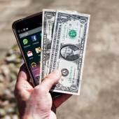 iPhone-Money  Mit jedem Schritt klingelt die Kasse – wie Du für Fitness Geld kriegst iPhone Money 170x170