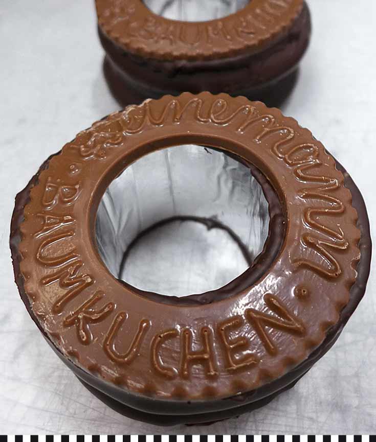 Heinemann Baumkuchen mit Schokosiegel
