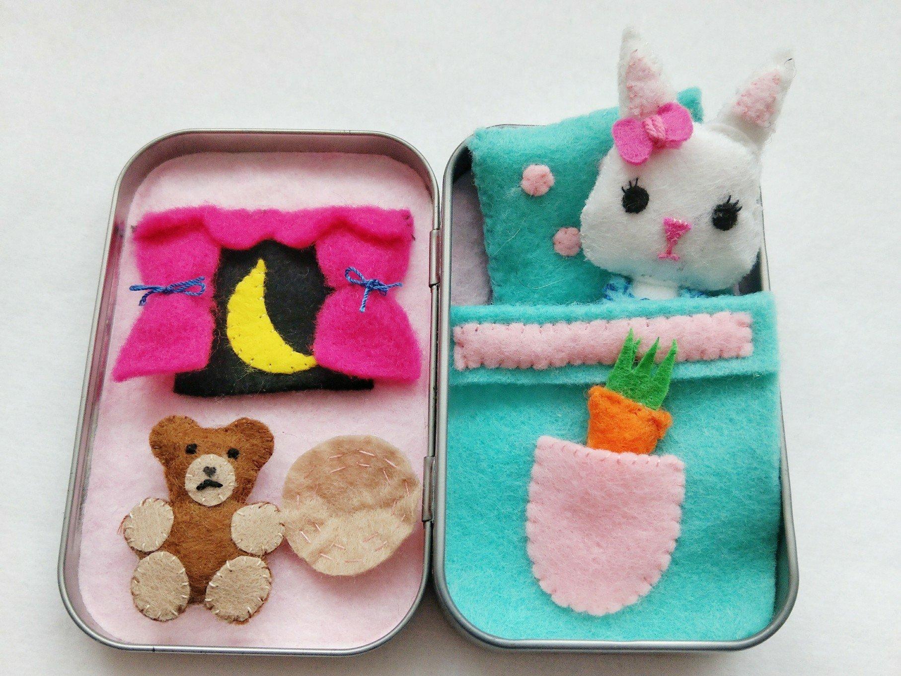 Spielzeug Hase in der Dose – DIY Mini Spielhaus I für Kinder
