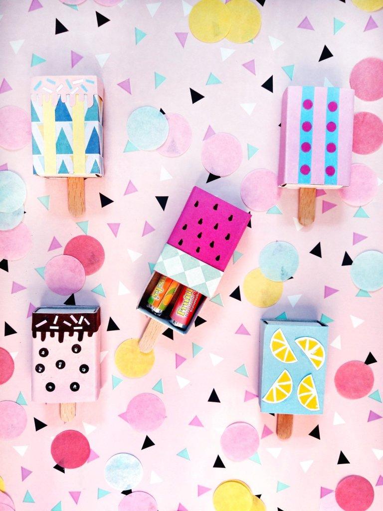 Supersüße Eis am Stiel Geschenkidee. Aus Streichholzschachteln lassen sich ganz einfach süße Goodie Bags basteln