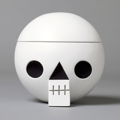 acne jr_ skull box