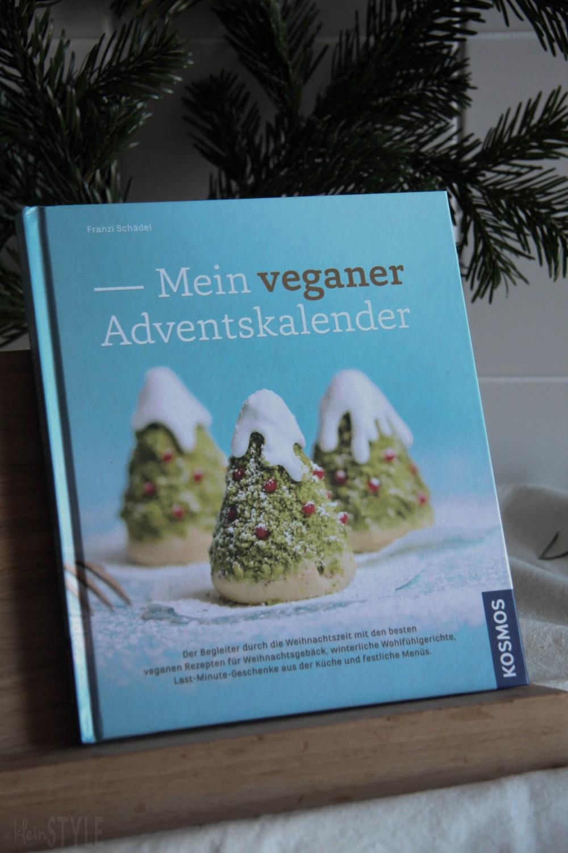 rein pflanzliche Zitronenkekse Rezept aus Mein veganer Adventskalender von Franzi Schaedel Kosmos Verlag by ©kleinstyle.com for BYW project