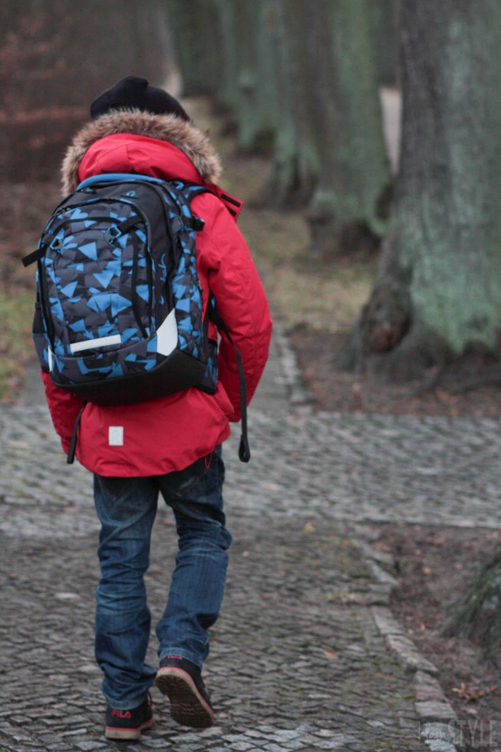 Das Kind wächst : der Schulrucksack auch!
