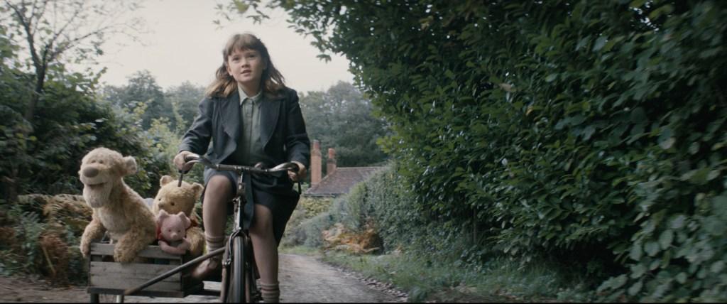 Madeline Robin (Bronte Carmichael) in Disney's Realverfilmung CHRISTOPHER ROBIN