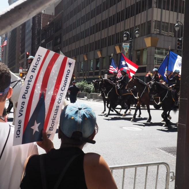 Die stolze Parade der Puerto Ricaner