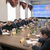 Поправки в Конституцию, всероссийское голосование и местное время: Андрей Бочаров провел встречу с Советом Волгоградской областной думы