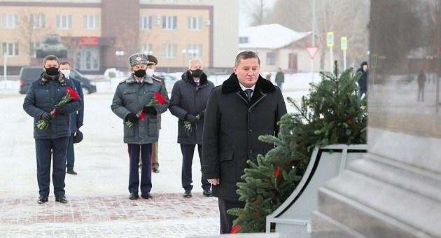 Андрей Бочаров почтил память защитников Сталинграда