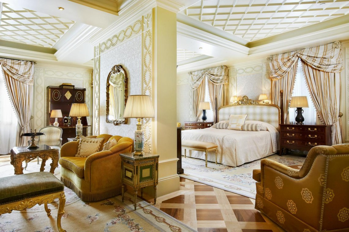 The Grande Bretagne Hotel in Athens 5 Star Family Accommodation kidslovegreece Acropolis Greece luxury kids Central location best luxury collection Marriott