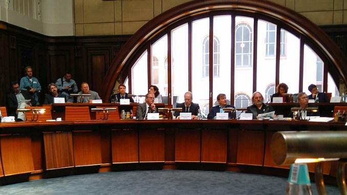 Sondersitzung zum Ihme-Zentrum im Hodlersaal am 09.06.2016, Sitzungsleitung