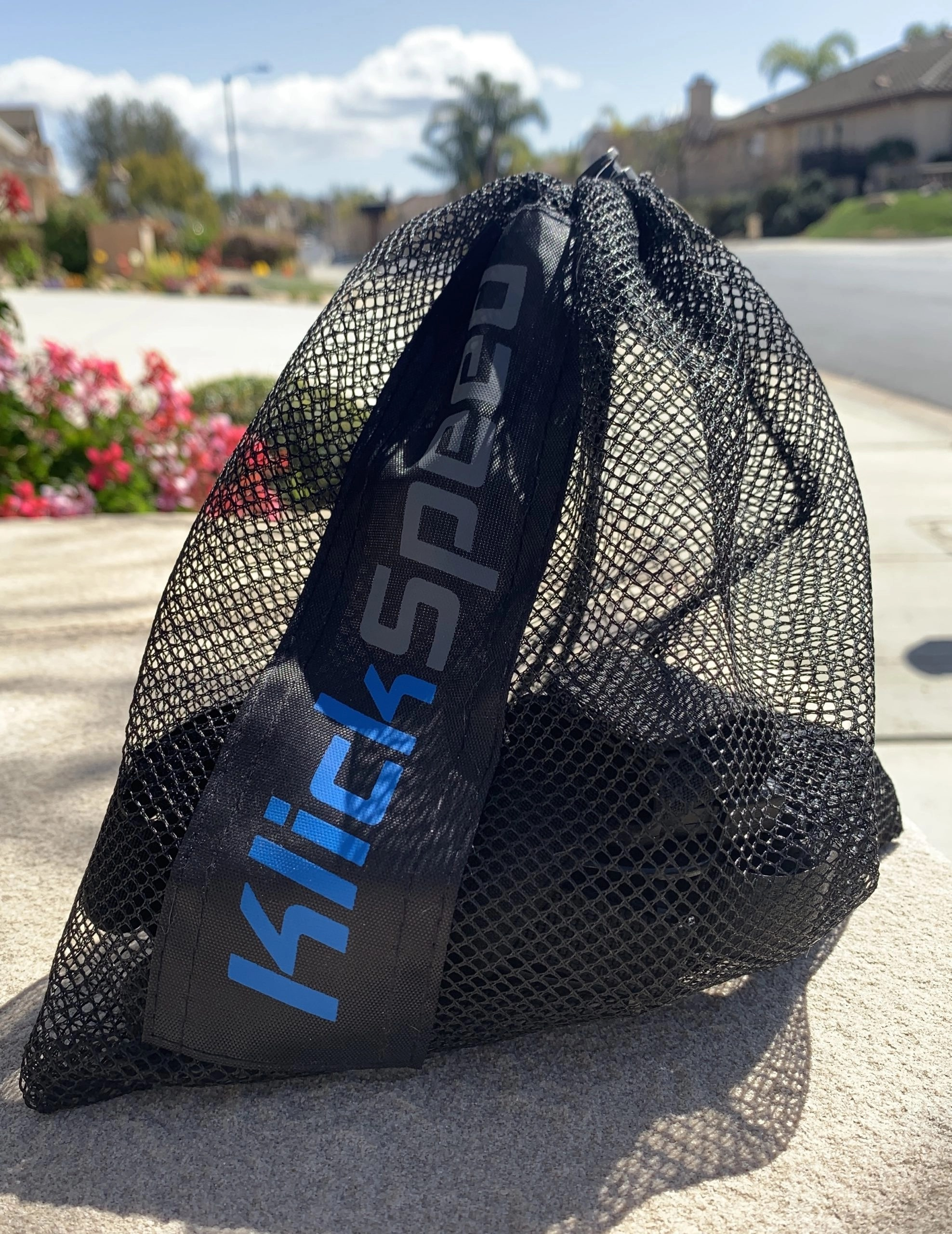 Device in bag