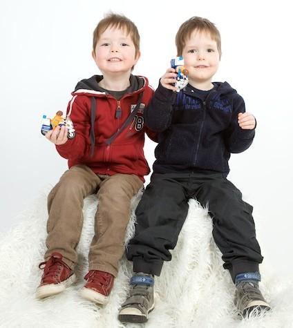 Portretfoto tweeling jongens, Fotoshoot met kinderen in de studio
