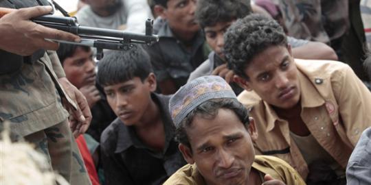 https://i2.wp.com/klimg.com/merdeka.com/i/w/news/2012/07/15/67648/540x270/asean-akhirnya-bahas-pembantaian-muslim-rohingya.jpg