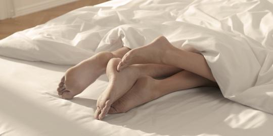 6 Posisi seks unik yang belum dicoba