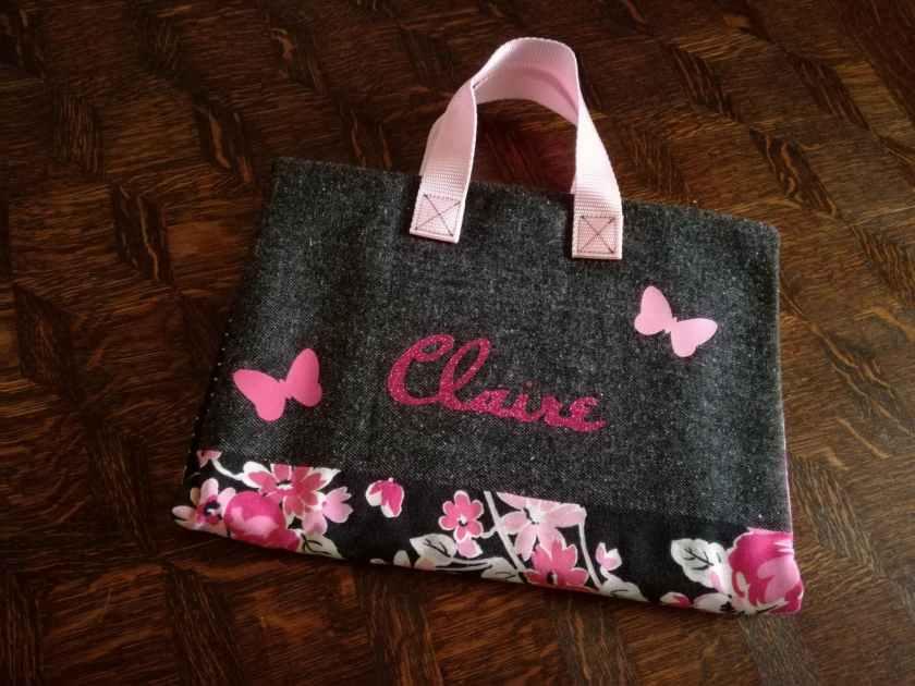 Pochette d'artiste rose