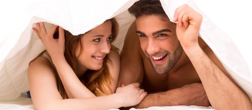 """Hal Penting & Manfaat """"Quickie"""" Bersama Pasangan"""