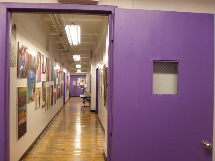 SVA 4 - puertas violetas